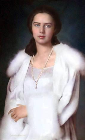 Princess-Ileana-of-Romania-colorize-royal-house-Mother-Alexandra-Queen-Victoria-Czar-Alexander-casa-regala-romana